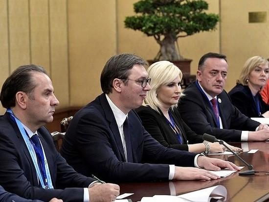 Премьер-министр Сербии Ана Брнабич считает, что незаконная прослушка президента страны Александра Вучича является попыткой государственного переворота