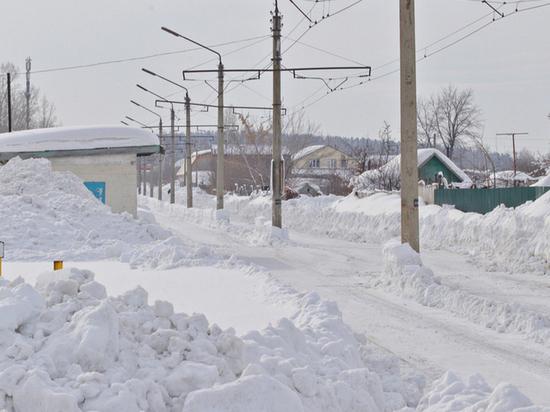Движение трамваев уже неделю не могут полностью возобновить в Бийске