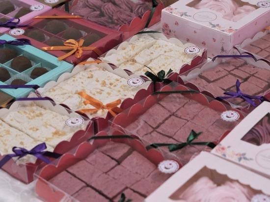 Островные шефы накормили сахалинцев авторскими десертами
