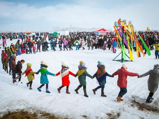 Снегоуборщик и седло разыграют на «Сибирской Масленице»