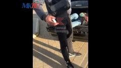 В Краснодаре достали из багажника машины женщину