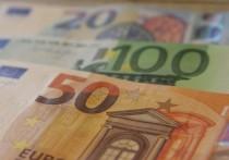 Евро опустился ниже 88 рублей впервые за полгода