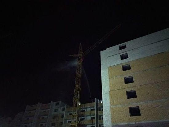 Во Владимире тушили горящую кабину башенного крана на уровне 11-го этажа