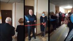 Торжественное открытие туалета в киевском университете попало на видео
