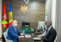 Додон: Все проблемы в Молдове должны решаться в рамках Конституции