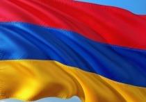 В центре Еревана началось шествие противников Пашиняна