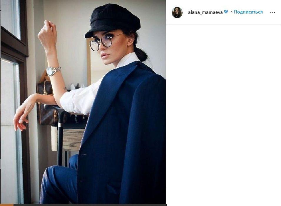 Жена Павла Мамаева Алана заявила о разводе с футболистом