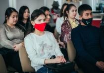 Иностранные студенты, обучающиеся в Астраханском государственном университете, приняли участие в общероссийском проекте «Народный кинопоказ»