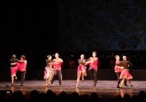 Настоящий праздник песни подарил своим зрителям во второй день весны Астраханский государственный ансамбль песни и танца