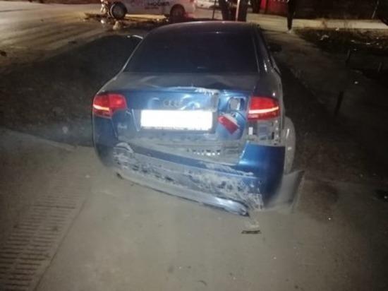 В Батайске иномарка  вылетела в кювет и сбила дорожный знак