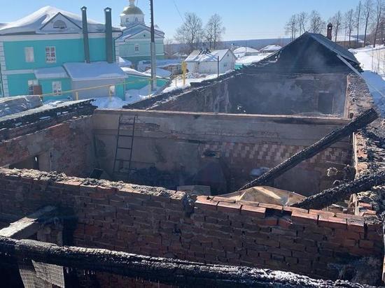 МЧС расследует причины пожара в Оранском монастыре