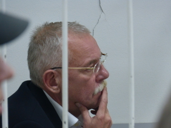 Осужденного за взятки экс-главу Карелии Андрея Нелидова освободили по УДО