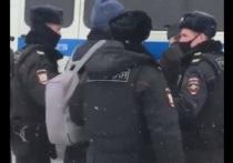 На форуме муниципальных депутатов в Москве задержали 150 человек