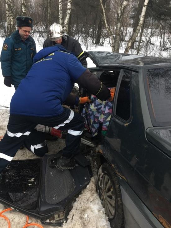 Владимирские спасатели деблокировали человека из искореженного автомобиля