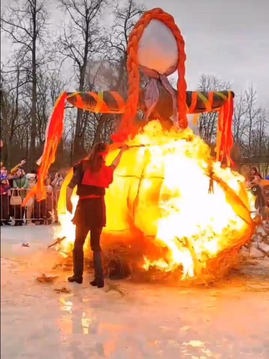 Во время празднования Масленицы в Кингисеппе взорвалось чучело