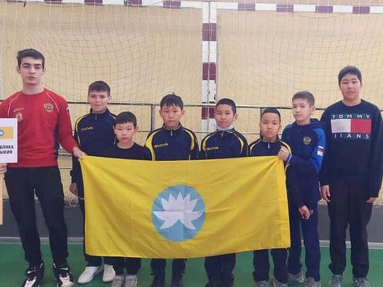Калмыцкий единоборец стал бронзовым призером чемпионата ЮФО