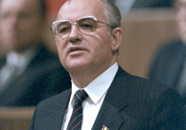 «Дело скатится к единоличной диктатуре»: как Россия стала президентской республикой