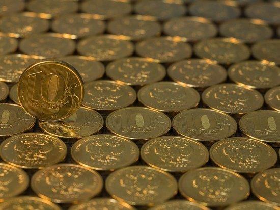 Экономист допустил опасный период для рубля в начале лета