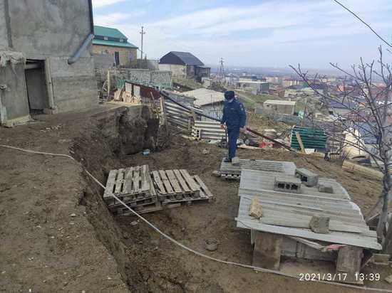 Оползень в Махачкале может повредить пять жилых домов