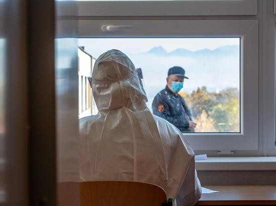 В Алтайском крае девять человек умерли от коронавируса за сутки