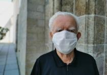 Исследования показывают, что повторные инфекции COVID-19 – явление редкое, но чаще всего оно встречается у людей 65 лет и старше