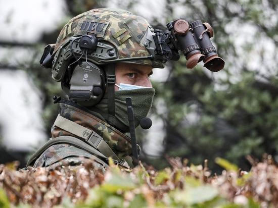 По сценарию будет отрабатываться переброска войск к российским границам