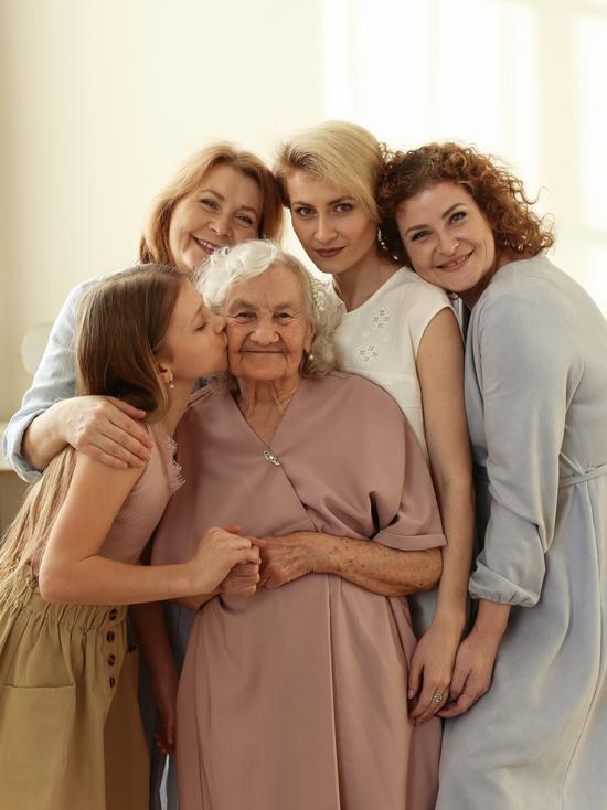 Внучка жительницы Южного Урала, чье фото опубликовал известный журнал, рассказала о жизни бабушки
