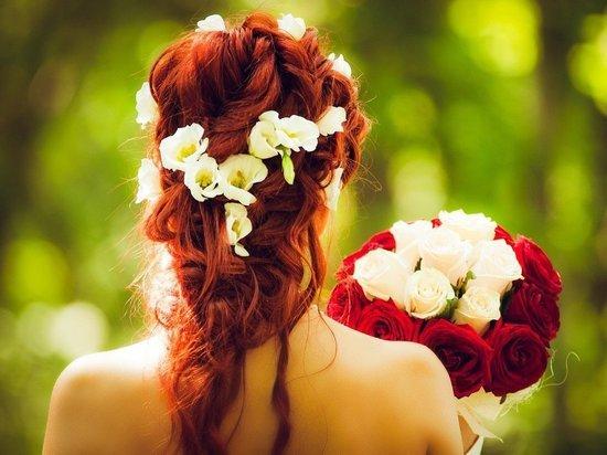 Названы самые популярные даты свадеб у москвичей