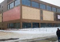 В Омске в городке Нефтяников завершилось строительство торгового комплекса