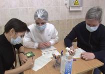 В Москве 183 иностранных военных атташе из 34 стран СНГ, Азии, Африки, Европы и Латинской Америки сделали прививку от новой коронавирусной инфекции российским препаратом