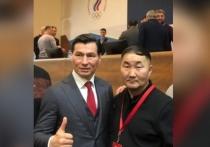 Кикбоксеры Бурятии поздравили Бату Хасикова с новой должностью