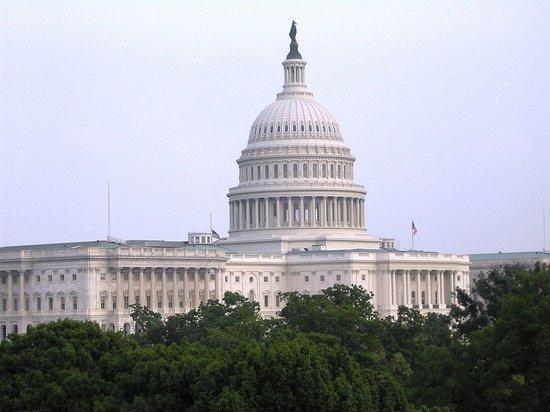 Вашингтон запретит обладателям американских лицензий торговать с Россией