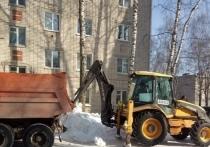 На этой неделе из дворов Йошкар-Олы вывезено около 1200 кубов снега