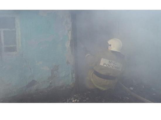 В Бийске двое взрослых и ребенок отравились угарным газом