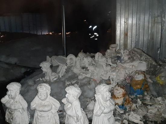 В Гусь-Хрустальном тушили цех по производству гипсовых изделий