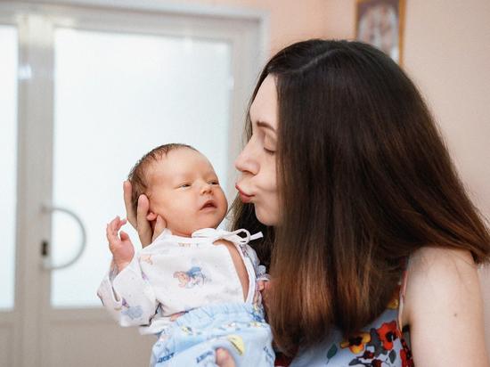 В Японии впервые обнаружили передачу коронавируса от матери к новорожденному