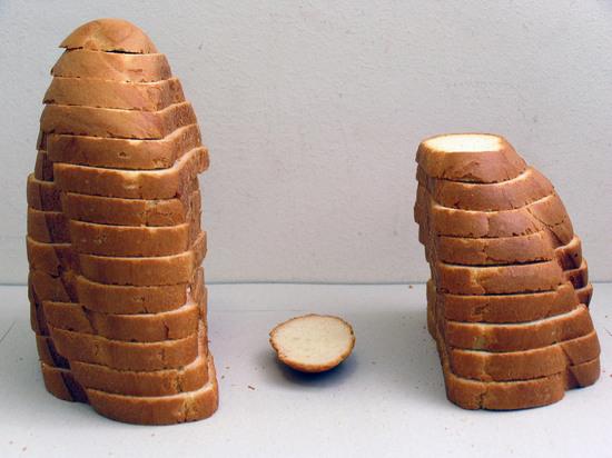 Рацион россиян пообещали разбавить хлебом из белка насекомых