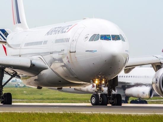 Air France возобновила рейсы из Петербурга в Париж
