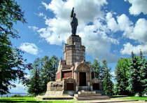 Памятник Ленину в Центральном парке Костромы останется на своем месте