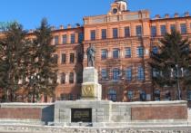 Памятник Ленину на главной площади Хабаровска оказался в центре судебного разбирательства