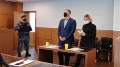 Любовь Соболь пришла в суд вся в черном: кадры вердикта