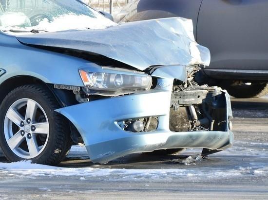 В ДТП на трассе в Хакасии пострадала невиновная девушка-водитель