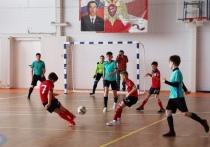 В Курской области прошел турнир по мини-футболу памяти погибшего офицера СОБР