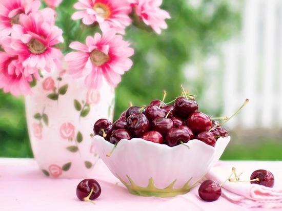 Важно различать естественные и добавленные сахара