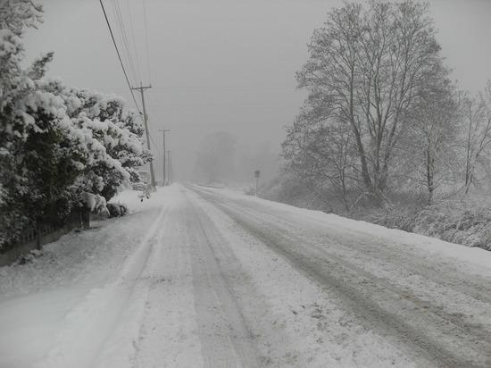 Из-за снежной бури перекрыли участок «Чуйского тракта» от Новоалтайска до Бийска