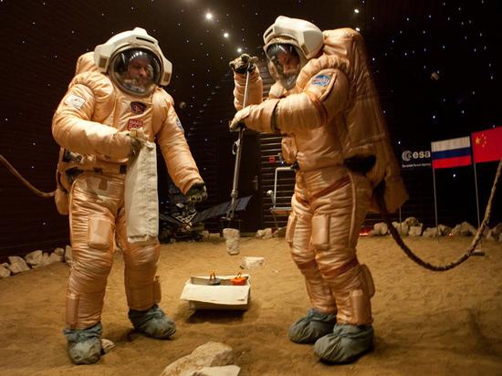 В Москве готовится к «старту» экипаж экспериментального комплекса
