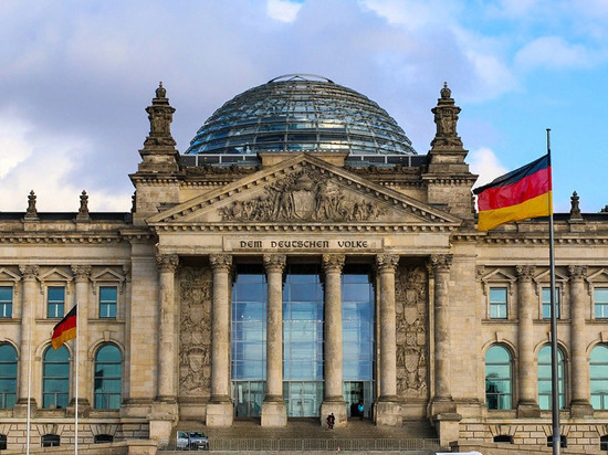 После победы Байдена на президентских выборах в Европе и Германии ожидали возвращение к «партнерскому сотрудничеству» с США