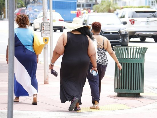 Исследование показало: из-за пандемии коронавируса люди набрали вес