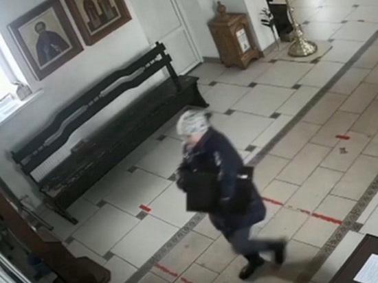 Женщина украла мощи трех святых в Смоленске и спрятала в овраге