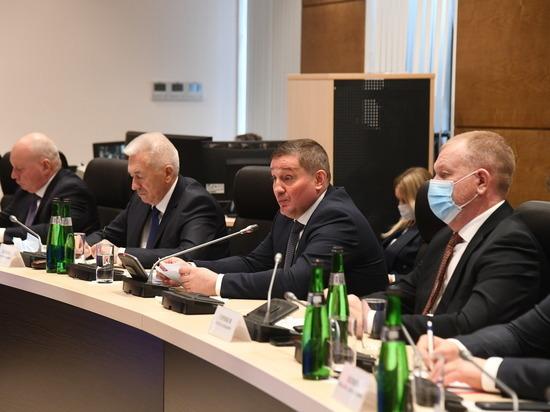 Андрей Бочаров обсудил с единороссами реализацию проектов развития